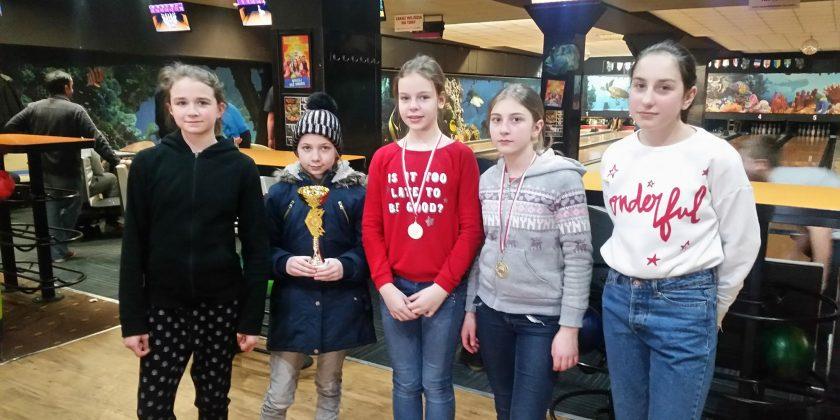 III miejsce dziewcząt w Finale Wojewódzkim w Bowling
