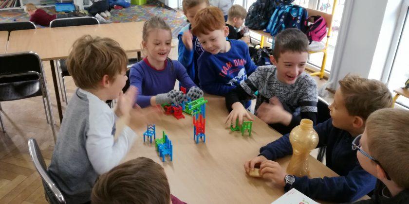 Świetlica – nowe gry i wielka radość dzieci
