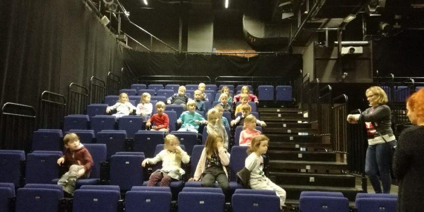 0a – Teatr Muzyczny od zaplecza