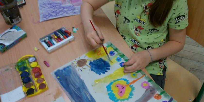 Kreatywnie i kolorowo, czyli plastyka na wesoło